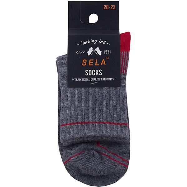 Носки SELA для мальчикаНоски<br>Характеристики товара:<br><br>• цвет: серый<br>• состав ткани: 75% хлопок, 20% нейлон, 5% эластан<br>• сезон: круглый год<br>• страна бренда: Россия<br>• страна изготовитель: Китай<br><br>Серые носки для мальчика помогут обеспечить ребенку комфорт. Носки для ребенка сделаны из мягкого трикотажа, в составе которого преимущественно натуральный хлопок. Эти носки для мальчика от Sela - качественная вещь по доступной цене.<br><br>Носки Sela (Села) для мальчика можно купить в нашем интернет- магазине.<br>Ширина мм: 87; Глубина мм: 10; Высота мм: 105; Вес г: 115; Цвет: серый; Возраст от месяцев: 9; Возраст до месяцев: 12; Пол: Мужской; Возраст: Детский; Размер: 20,18,16,22; SKU: 7137029;