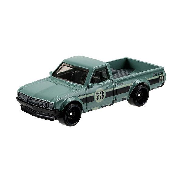 Базовая машинка Mattel Hot Wheels, Datsun 620Популярные игрушки<br>Характеристики:<br><br>• возраст: от 3 лет;<br>• материал: металл, пластмасса;<br>• вес упаковки: 30 гр.;<br>• размер упаковки: 11х4х11 см;<br>• тип упаковки: блистерный;<br>• страна бренда: США.<br><br>Пикап Hot Wheels от Mattel входит в группу моделей базовой коллекции. Миниатюры этой серии изображают реальные автомобили, спорткары, фургоны, мотоциклы в масштабе 1:64, а также модели с собственным оригинальным дизайном. Собрав свою линейку машинок, ребенок сможет устраивать заезды, гонки и меняться экземплярами с друзьями.<br><br>Монолитные элементы игрушки увеличивают ее прочность. Падение и столкновение с твердыми предметами во время игр не отражается на внешнем виде и ходе машинки. Кузов отчетливо детализирован, покрыт стойкими насыщенными красками. Колеса легко вращаются вокруг своей оси.<br><br>Игрушка выполнена из качественных материалов, сертифицированных по стандартам безопасности для использования детьми.<br><br>Машинку Hot Wheels из базовой коллекции можно купить в нашем интернет-магазине.<br>Ширина мм: 110; Глубина мм: 45; Высота мм: 110; Вес г: 30; Возраст от месяцев: 36; Возраст до месяцев: 96; Пол: Мужской; Возраст: Детский; SKU: 7191332;
