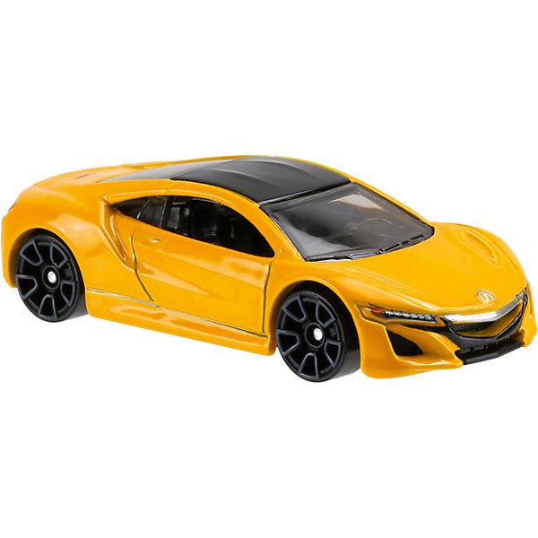 Базовая машинка Hot Wheels, 17 Akura NSXПопулярные игрушки<br>Характеристики:<br><br>• возраст: от 3 лет;<br>• тип игрушки: легковой транспорт;<br>• цвет: желтый;<br>• особенности: гоночная;<br>• материал: пластик, металл; <br>• размер: 11х4,5х11 см;<br>• вес: 30 гр;<br>• страна бренда: США;<br>• страна производитель: Китай;<br>• тип упаковки: блистер на картоне;<br>• эффекты: без эффектов.<br><br><br>Машинка Hot Wheels «17 Acura NSX» от бренда Mattel представляет собой максимально приближенный к настоящему автомобиль, который станет достойным пополнением автопарка мальчика. Легендарная серия коллекционных машинок завоевала внимание всех детей. Быстрые и красочные  машинки Hot Wheels выглядят очень ярко и эффектно благодаря оригинальному дизайну. Они выполнены из металла и пластика, что гарантирует прочность и устойчивость к столкновениям. <br><br>Машинка раскрашена в желтый цвет. Автомобиль создан из проверенных и безопасных материалов. Его особенность – специальное покрытие колес, которое обеспечивает минимальное трение, поэтому машинка едет очень быстро. Игрушка выполнена в мельчайших деталях и тщательно прорисована.<br><br>Стильная игрушка станет отличным подарком для ребенка от трех лет. Кроме того, малыш сможет собрать целую коллекцию этих популярных машинок и обмениваться ими с друзьями. Машинка Hot Wheels «17 Acura NSX» во время гонки не оставит равнодушным ни одного мальчика. <br><br>Машинку Hot Wheels «17 Acura NSX» можно купить в нашем интернет-магазине.<br>Ширина мм: 110; Глубина мм: 45; Высота мм: 110; Вес г: 30; Возраст от месяцев: 36; Возраст до месяцев: 96; Пол: Мужской; Возраст: Детский; SKU: 7198096;