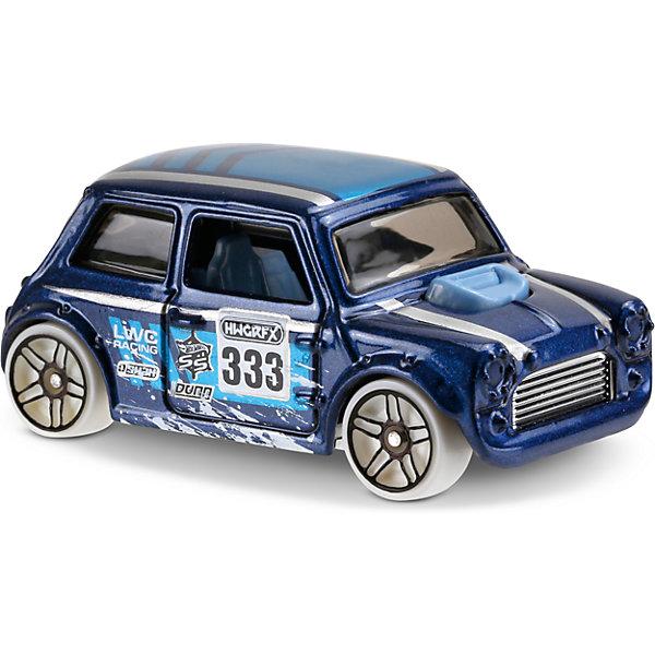 Базовая машинка Hot Wheels, Morris MiniПопулярные игрушки<br>Характеристики:<br><br>• возраст: от 3 лет;<br>• тип игрушки: легковой транспорт;<br>• цвет: синий;<br>• особенности: инерционная;<br>• материал: пластик, металл; <br>• размер: 11х4,5х11 см;<br>• вес: 30 гр;<br>• страна бренда: США;<br>• страна производитель: Китай;<br>• тип упаковки: блистер на картоне;<br>• эффекты: без эффектов.<br><br><br>Машинка Hot Wheels HW Snow Stormers от бренда Mattel представляет собой миниатюрную копию легендарной модели Morris Mini, которая станет достойным пополнением автопарка мальчика. Легендарная серия коллекционных машинок завоевала внимание всех детей. Быстрые и красочные  машинки Hot Wheels выглядят очень ярко и эффектно благодаря оригинальному дизайну. Они выполнены из металла и пластика, что гарантирует прочность и устойчивость к столкновениям. <br><br>Машинка раскрашена в синий цвет. Автомобиль создан из проверенных и безопасных материалов. Его особенность - ретро-дизайн и вращающиеся колеса, оснащенные оригинальными дисками. Игрушка выполнена в мельчайших деталях и тщательно прорисована. Может использоваться для трюков. <br><br>Стильная игрушка станет отличным подарком для ребенка от трех лет. Кроме того, малыш сможет собрать целую коллекцию этих популярных машинок и обмениваться ими с друзьями. Машинка Hot Wheels HW Snow Stormers во время гонки не оставит равнодушным ни одного мальчика. <br><br>Машинку Hot Wheels HW Snow Stormers из базовой коллекции можно купить в нашем интернет-магазине.<br>Ширина мм: 110; Глубина мм: 45; Высота мм: 110; Вес г: 30; Возраст от месяцев: 36; Возраст до месяцев: 96; Пол: Мужской; Возраст: Детский; SKU: 7198100;