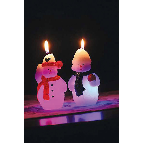 Свеча Winter Wings Снеговик, 7х12 см (светится внутри)Новогодние свечи и подсвечники<br>Характеристики товара:<br><br>• возраст: от 3 лет;<br>• упаковка: пакет;<br>• вес: 190 гр.;<br>• количество: 1 шт;<br>• цвет: белый;<br>• форма: фигурная;<br>• размеры свечки: 7х22 см.;<br>• состав: парафин;<br>• бренд, страна бренда: Winter Wings (Винтер Вингс), Канада;<br>• страна-производитель: Китай.<br><br>Свеча «СНЕГОВИК» от торговой марки Winter Wings - фигурная парафиновая свечка поможет прекрасно украсит интерьер дома и создать сказочную атмосферу праздника.<br><br>Свеча изготовленна из качественного парафина и упакована в прочный пакет. Благодаря специальным компонентам в составе, свечка светится в темноте. Отлично подойдет в качестве хорошего сувенира для друзей и близких.<br><br>Компания  Winter Wings  - настоящий эксперт в оригинальных качественных новогодних украшениях, один из самых широких новогодних ассортиментов на российском рынке.<br><br>Свечу «СНЕГОВИК», светящаяся, 7х22 см., Winter Wings  можно купить в нашем интернет-магазине.<br>Ширина мм: 70; Глубина мм: 120; Высота мм: 20; Вес г: 192; Возраст от месяцев: 36; Возраст до месяцев: 2147483647; Пол: Унисекс; Возраст: Детский; SKU: 7220710;