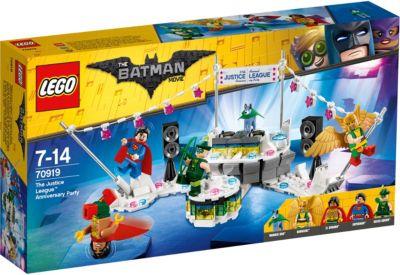 Конструктор LEGO Batman Movie 70919: Вечеринка Лиги Справедливости, артикул:7221531 - Бэтмен