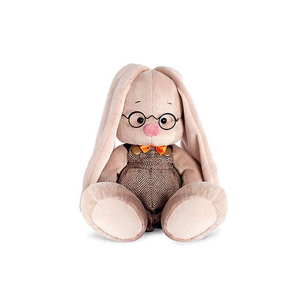 Игрушка мягконабивная Зайка Ми очкарик (малая)Мягкие игрушки зайцы и кролики<br>Характеристики товара:<br><br>• возраст: от 3 лет;<br>• материал: текстиль, искусственный мех;<br>• высота игрушки: 18 см;<br>• размер упаковки: 24х14х15 см;<br>• вес упаковки: 270 гр.;<br>• страна производитель: Россия.<br><br>Мягкая игрушка «Зайка Ми очкарик» Budi Basa — очаровательный пушистый зайчонок с длинными ушками. На зайке шерстяной комбинезончик, атласная бабочка и круглые очки из металла. Игрушка выполнена из качественного безопасного материала, настолько приятного и мягкого, что ребенок будет брать с собой зайку в кроватку и спать в обнимку.<br><br>Мягкую игрушку «Зайка Ми очкарик» Budi Basa можно приобрести в нашем интернет-магазине.<br>Ширина мм: 151; Глубина мм: 140; Высота мм: 150; Вес г: 270; Возраст от месяцев: 36; Возраст до месяцев: 168; Пол: Унисекс; Возраст: Детский; SKU: 7231257;