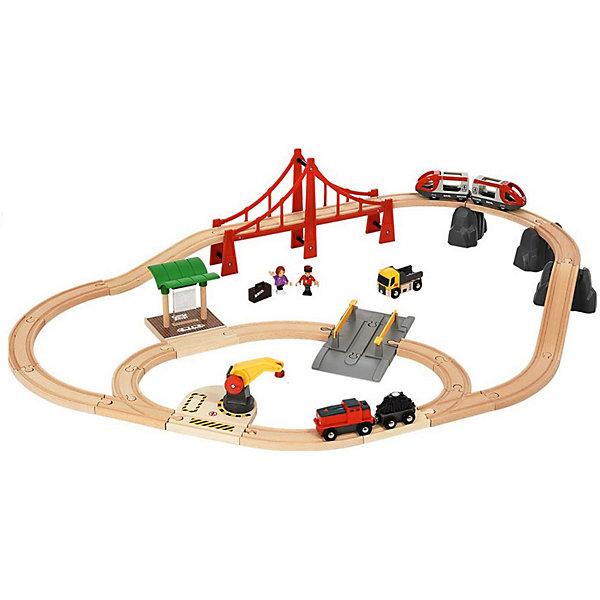 Железная дорога Brio В городеЖелезные дороги<br>Характеристики:<br><br>• вес в упаковке: 3,780 кг.;<br>• материал: дерево, пластик, металл;<br>• тип батареек: АА;<br>• размер упаковки: 39х29х35см.;<br>• для детей в возрасте: от 3лет;<br>• страна производитель: Китай.<br><br>Игровой набор «В городе» бренда» «Brio» (Брио) станет прекрасным подарком для мальчишек. Он создан из высококачественных, экологически чистых материалов, что очень важно для детских товаров. <br><br>Основная часть элементов «железной дороги» выполнена из дерева и покрыта яркими красками, имеет оптимальные размеры и украсит интерьер любой детской комнаты. Набор включает в себя два паровозика с вагончиками, которые прибывают на железнодорожную станцию через красный мост и фигурки пассажиров. Состав передвигается с помощью батареек, что делает его намного привлекательнее для ребятишек.<br><br>Играя дети развивают двигательную активность, фантазию, мелкую моторику и просто весело проводят время вместе с родителями и друзьями.<br><br>Игровой набор «В городе» можно купить в нашем интернет-магазине.<br>Ширина мм: 395; Глубина мм: 296; Высота мм: 355; Вес г: 3780; Возраст от месяцев: 36; Возраст до месяцев: 2147483647; Пол: Унисекс; Возраст: Детский; SKU: 7463955;