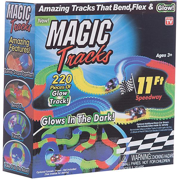 Гибкий трек Magic Tracks Ontel, 220 деталей (светящиеся детали)Гибкие треки<br>Характеристики товара:<br><br>• возраст: от 3 лет;<br>• материал: пластик;<br>• в комплекте: 220 деталей, 1 машинка;<br>• ширина детали: 7,5 см;<br>• длина трека: 3,5 метра;<br>• тип батареек: 1 батарейка АА;<br>• наличие батареек: в комплект не входят;<br>• размер упаковки: 25х25х9 см;<br>• вес упаковки: 1,5 кг;<br>• страна производитель: Китай.<br><br>Гибкий трек Ontel Magic Tracks — увлекательная трасса, на которой можно устроить захватывающие гонки. Детали трека легко и надежно соединяются между собой. Все элементы гибкие, что позволяет строить не просто прямую дорогу, но и круглую, и даже вогнутую. Направлять элементы можно в любую сторону, создавая все сложные и сложные трассы.<br><br>Трек светится в темноте, что делает игру еще интересней. Заряжается он при этом от обычного дневного света. Машинка также светится благодаря наличию светодиодов. <br><br>Гибкий трек Ontel Magic Tracks можно приобрести в нашем интернет-магазине.<br>Ширина мм: 250; Глубина мм: 250; Высота мм: 90; Вес г: 1600; Возраст от месяцев: 36; Возраст до месяцев: 2147483647; Пол: Мужской; Возраст: Детский; SKU: 7503007;