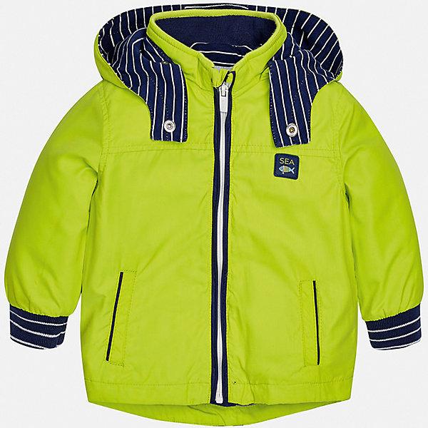 Куртка Mayoral для мальчикаВерхняя одежда<br>Характеристики товара:<br><br>• цвет: зеленый<br>• состав ткани: 100% полиэстер<br>• подкладка: 100% хлопок<br>• утеплитель: нет<br>• сезон: демисезон<br>• температурный режим: от +5 до +20<br>• особенности куртки: с капюшоном<br>• застежка: молния<br>• страна бренда: Испания<br>• стиль и качество<br><br>Куртка для мальчика от Майорал - яркая и удобная модель. Детская куртка отличается модным и продуманным дизайном. В куртке для мальчика от испанской компании Майорал ребенок будет выглядеть модно, а чувствовать себя - комфортно. <br><br>Куртку Mayoral (Майорал) для мальчика можно купить в нашем интернет-магазине.<br>Ширина мм: 356; Глубина мм: 10; Высота мм: 245; Вес г: 519; Цвет: зеленый; Возраст от месяцев: 6; Возраст до месяцев: 9; Пол: Мужской; Возраст: Детский; Размер: 74,98,92,86,80; SKU: 7538385;