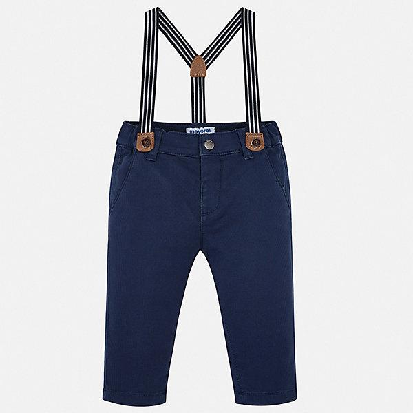 Брюки Mayoral для мальчикаБрюки<br>Характеристики товара:<br><br>• комплектация: брюки, подтяжки<br>• состав ткани: 98% хлопок, 2% эластан<br>• сезон: демисезон<br>• шлевки<br>• регулируемая талия<br>• застежка: кнопка<br>• страна бренда: Испания<br>• стиль и качество<br><br>Хлопковые брюки с подтяжками для мальчика от Майорал помогут обеспечить ребенку комфорт. Такие детские брюки отличаются лаконичным дизайном. В брюках классического силуэта для мальчика от испанской компании Майорал ребенок будет выглядеть модно, а чувствовать себя - комфортно. <br><br>Брюки Mayoral (Майорал) для мальчика можно купить в нашем интернет-магазине.<br>Ширина мм: 215; Глубина мм: 88; Высота мм: 191; Вес г: 336; Цвет: синий; Возраст от месяцев: 6; Возраст до месяцев: 9; Пол: Мужской; Возраст: Детский; Размер: 98,92,86,80,74; SKU: 7538469;