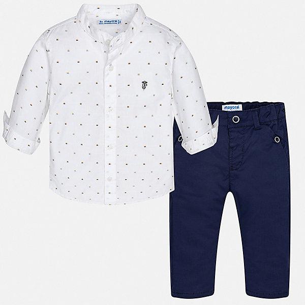Комплект:брюки,рубашка Mayoral для мальчикаКомплекты<br>Характеристики товара:<br><br>• цвет: белый, синий<br>• комплектация: брюки, рубашка<br>• состав ткани: 100% хлопок<br>• сезон: круглый год<br>• шлевки<br>• регулируемая талия<br>• застежка: пуговицы<br>• длинные рукава<br>• страна бренда: Испания<br>• стиль и качество<br><br>Модная рубашка и брюки для мальчика от Майорал помогут обеспечить ребенку комфорт в любое время года. В этом детском комплекте - сразу две стильные вещи. В рубашке и брюках для мальчика от испанской компании Майорал ребенок будет выглядеть модно, а чувствовать себя - удобно. <br><br>Комплект: брюки, рубашка Mayoral (Майорал) для мальчика можно купить в нашем интернет-магазине.<br>Ширина мм: 215; Глубина мм: 88; Высота мм: 191; Вес г: 336; Цвет: синий; Возраст от месяцев: 12; Возраст до месяцев: 15; Пол: Мужской; Возраст: Детский; Размер: 80,98,92,86; SKU: 7538497;