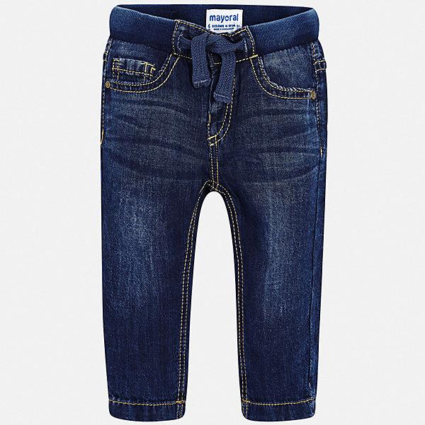 Брюки Mayoral для мальчикаДжинсы<br>Характеристики товара:<br><br>• цвет: синий<br>• состав ткани: 100% хлопок<br>• сезон: демисезон<br>• особенности модели: с эффектом потертостей<br>• пояс: шнурок<br>• страна бренда: Испания<br>• стиль и качество<br><br>Хлопковые джинсы для мальчика от Майорал помогут обеспечить ребенку комфорт. Такие детские брюки отличаются лаконичным дизайном. В джинсах для мальчика от испанской компании Майорал ребенок будет выглядеть модно, а чувствовать себя - комфортно. <br><br>Джинсы Mayoral (Майорал) для мальчика можно купить в нашем интернет-магазине.<br>Ширина мм: 215; Глубина мм: 88; Высота мм: 191; Вес г: 336; Цвет: синий; Возраст от месяцев: 12; Возраст до месяцев: 15; Пол: Мужской; Возраст: Детский; Размер: 80,98,92,86; SKU: 7541623;