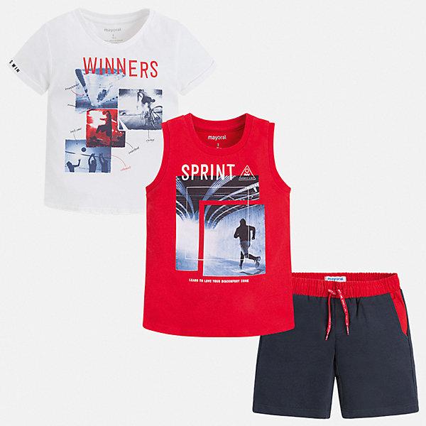 Комплект Mayoral для мальчикаКомплекты<br>Характеристики товара:<br><br>• цвет: белый, красный<br>• комплектация: шорты, футболка, майка<br>• состав ткани: 100% хлопок<br>• сезон: лето<br>• особенности модели: спортивный стиль<br>• пояс: резинка, шнурок<br>• короткие рукава<br>• страна бренда: Испания<br>• неповторимый стиль Mayoral<br><br>Яркий комплект - футболка с принтом, майка и шорты для мальчика от Майорал - отлично сочетается между собой, а также с другими вещами. В этом детском наборе - сразу три модные вещи. В футболке, майке и шортах для мальчика от испанской компании Майорал ребенок будет выглядеть модно, а чувствовать себя - удобно. <br><br>Комплект: шорты, футболка, майка Mayoral (Майорал) для мальчика можно купить в нашем интернет-магазине.<br>Ширина мм: 215; Глубина мм: 88; Высота мм: 191; Вес г: 336; Цвет: синий; Возраст от месяцев: 96; Возраст до месяцев: 108; Пол: Мужской; Возраст: Детский; Размер: 134,92,128,122,116,110,104,98; SKU: 7543370;