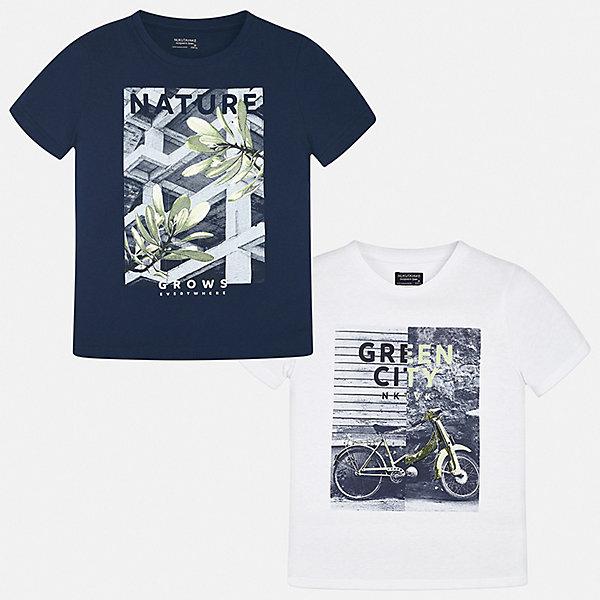 Комплект:2 футболки Mayoral для мальчикаКомплекты<br>Характеристики товара:<br><br>• цвет: мульти<br>• комплектация: 2 шт<br>• состав ткани: 100% хлопок<br>• сезон: лето<br>• короткие рукава<br>• страна бренда: Испания<br>• неповторимый стиль Mayoral<br><br>Каждая детская футболка из такого комплекта сделана из натуральной дышащей и антиаллергенной хлопковой ткани. Каждая детская футболка поможет создать стильный и комфортный наряд для ребенка. Хлопковая футболка с принтом для мальчика от Mayoral - отличная базовая вещь для детского гардероба. <br><br>Комплект: 2 футболки Mayoral (Майорал) для мальчика можно купить в нашем интернет-магазине.<br>Ширина мм: 199; Глубина мм: 10; Высота мм: 161; Вес г: 151; Цвет: синий; Возраст от месяцев: 96; Возраст до месяцев: 108; Пол: Мужской; Возраст: Детский; Размер: 128/134,170,164,158,152,140; SKU: 7544099;