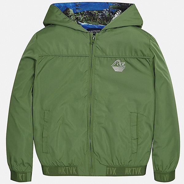 Куртка Mayoral для мальчикаВерхняя одежда<br>Характеристики товара:<br><br>• цвет: хаки<br>• состав ткани: 100% полиэстер<br>• подкладка: 100% полиэстер<br>• утеплитель: нет<br>• сезон: демисезон<br>• особенности куртки: с капюшоном<br>• застежка: молния<br>• страна бренда: Испания<br>• неповторимый стиль Mayoral<br><br>Практичная демисезонная куртка для мальчика от Майорал поможет обеспечить ребенку комфорт и тепло. Детская куртка отличается модным и продуманным дизайном. В куртке для мальчика от испанской компании Майорал ребенок будет выглядеть модно, а чувствовать себя - комфортно. <br><br>Куртку Mayoral (Майорал) для мальчика можно купить в нашем интернет-магазине.<br>Ширина мм: 356; Глубина мм: 10; Высота мм: 245; Вес г: 519; Цвет: зеленый; Возраст от месяцев: 96; Возраст до месяцев: 108; Пол: Мужской; Возраст: Детский; Размер: 128/134,170,164,158,152,140; SKU: 7544775;