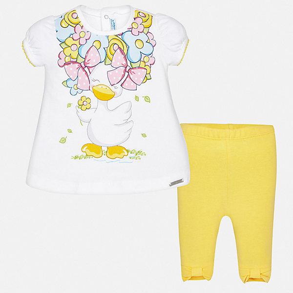 Комплект леггинсы Mayoral для девочкиКомплекты для новорожденных<br>Характеристики товара:<br><br>• цвет: белый<br>• комплектация: леггинсы, футболка<br>• состав ткани: 95% хлопок, 5% эластан<br>• сезон: лето<br>• пояс: резинка<br>• застежка: кнопки<br>• короткие рукава<br>• страна бренда: Испания<br>• неповторимый стиль Mayoral<br><br>В яркой футболке и леггинсах для девочки от испанской компании Майорал ребенок будет выглядеть стильно и оригинально. Трикотажный комплект - блузка и леггинсы для футболка от Майорал - отлично сочетается между собой, а также с другими вещами. В этом детском наборе - сразу две модные вещи.<br><br>Комплект: футболка, леггинсы Mayoral (Майорал) для девочки можно купить в нашем интернет-магазине.<br>Ширина мм: 123; Глубина мм: 10; Высота мм: 149; Вес г: 209; Цвет: желтый; Возраст от месяцев: 6; Возраст до месяцев: 9; Пол: Женский; Возраст: Детский; Размер: 74,98,92,86,80; SKU: 7545872;