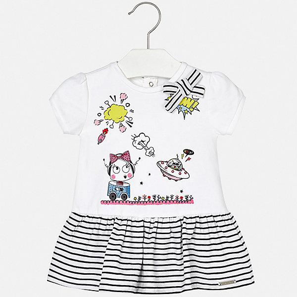 Платье Mayoral для девочкиПлатья<br>Характеристики товара:<br><br>• цвет: белый<br>• состав ткани верха: 95% хлопок, 5% эластан<br>• сезон: лето<br>• застежка: кнопки<br>• короткие рукава<br>• страна бренда: Испания<br>• неповторимый стиль Mayoral<br><br>Летнее платье для девочки от испанской компании Майорал - стильный удачный наряд от европейских дизайнеров. Такое детское платье отличается модным дизайном. Это платье для девочки от Майорал сделано из качественного материала и тщательно подобранной фурнитуры. <br><br>Платье для девочки Mayoral (Майорал) можно купить в нашем интернет-магазине.<br>Ширина мм: 236; Глубина мм: 16; Высота мм: 184; Вес г: 177; Цвет: черный; Возраст от месяцев: 18; Возраст до месяцев: 24; Пол: Женский; Возраст: Детский; Размер: 92,86,80,74,98; SKU: 7546305;
