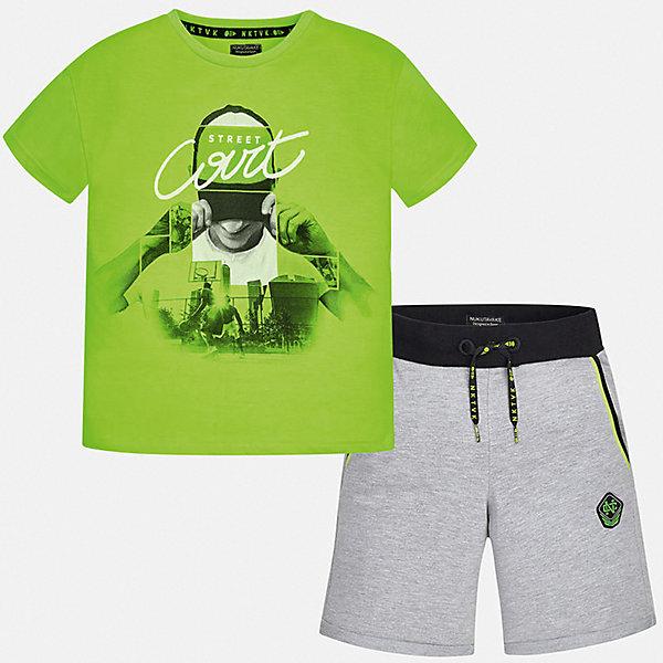 Комплект:Футболка с длинным рукавом,брюки Mayoral для мальчикаКомплекты<br>Характеристики товара:<br><br>• цвет: зеленый<br>• комплектация: шорты, футболка<br>• состав ткани: 100% хлопок<br>• сезон: лето<br>• особенности модели: спортивный стиль<br>• пояс: резинка, шнурок<br>• короткие рукава<br>• страна бренда: Испания<br>• неповторимый стиль Mayoral<br><br>Яркая футболка и шорты для мальчика от Майорал - отличный комплект для жаркого времени года. В этом детском комплекте - сразу две качественные и модные вещи. В футболке и шортах для мальчика от испанской компании Майорал ребенок будет чувствовать себя удобно благодаря высокому качеству материала и швов. <br><br>Комплект: шорты, футболка Mayoral (Майорал) для мальчика можно купить в нашем интернет-магазине.<br>Ширина мм: 230; Глубина мм: 40; Высота мм: 220; Вес г: 250; Цвет: зеленый; Возраст от месяцев: 108; Возраст до месяцев: 120; Пол: Мужской; Возраст: Детский; Размер: 140,128/134,170,164,158,152; SKU: 7556686;