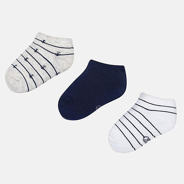 Комплект:3 пары носок Mayoral для мальчикаНосочки и колготки<br>Характеристики товара:<br><br>• цвет: синий<br>• комплектация: 3 пары<br>• состав ткани: 67% хлопок, 30% полиамид, 3% эластан<br>• сезон: круглый год<br>• страна бренда: Испания<br>• неповторимый стиль Mayoral<br><br>Короткие носки для мальчика от популярного бренда Mayoral отличаются оригинальным декором. Детские носки смотрятся аккуратно и нарядно. В таких носках для детей от испанской компании Майорал ребенок будет выглядеть модно, а чувствовать себя - комфортно. <br><br>Комплект: 3 пары носков Mayoral (Майорал) для мальчика можно купить в нашем интернет-магазине.<br>Ширина мм: 87; Глубина мм: 10; Высота мм: 105; Вес г: 115; Цвет: синий; Возраст от месяцев: 12; Возраст до месяцев: 18; Пол: Мужской; Возраст: Детский; Размер: 19-22,22-24; SKU: 7556807;