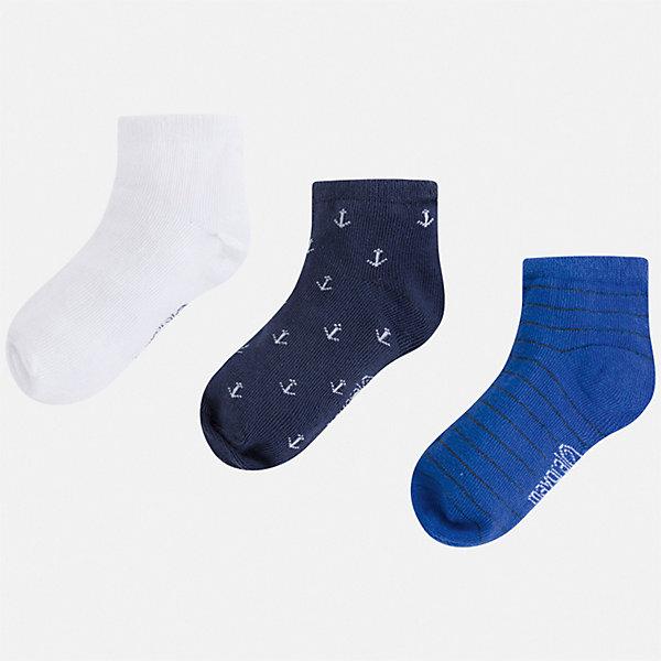 Комплект:3 пары носок Mayoral для мальчикаНоски<br>Характеристики товара:<br><br>• цвет: мульти<br>• комплектация: 3 пары<br>• состав ткани: 67% хлопок, 30% полиамид, 3% эластан<br>• сезон: круглый год<br>• страна бренда: Испания<br>• неповторимый стиль Mayoral<br><br>Разноцветные носки для мальчика от популярного бренда Mayoral отличаются оригинальным декором. Детские носки смотрятся аккуратно и нарядно. В таких носках для детей от испанской компании Майорал ребенок будет чувствовать себя комфортно на протяжении всего дня. <br><br>Комплект: 3 пары носков Mayoral (Майорал) для мальчика можно купить в нашем интернет-магазине.<br>Ширина мм: 87; Глубина мм: 10; Высота мм: 105; Вес г: 115; Цвет: синий; Возраст от месяцев: 96; Возраст до месяцев: 108; Пол: Мужской; Возраст: Детский; Размер: 33-35,24-26,30-32,27-29; SKU: 7557029;