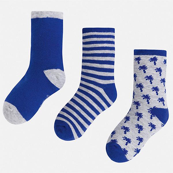 Комплект:3 пары носок Mayoral для мальчикаНоски<br>Характеристики товара:<br><br>• цвет: мульти<br>• комплектация: 3 пары<br>• состав ткани: 70% хлопок, 27% полиамид, 3% эластан<br>• сезон: круглый год<br>• страна бренда: Испания<br>• неповторимый стиль Mayoral<br><br>Оригинальные детские носки Mayoral обеспечат ребенку комфорт и аккуратный внешний вид. Набор носков для мальчика от Майорал симпатично смотрится, они удобно сидят благодаря качественному дышащему трикотажу. Эти детские носки, как и вся одежда от испанской компании Mayoral, отличаются оригинальным и стильным дизайном. <br><br>Комплект: 3 пары носков Mayoral (Майорал) для мальчика можно купить в нашем интернет-магазине.<br>Ширина мм: 87; Глубина мм: 10; Высота мм: 105; Вес г: 115; Цвет: синий; Возраст от месяцев: 24; Возраст до месяцев: 36; Пол: Мужской; Возраст: Детский; Размер: 24-26,33-35,30-32,27-29; SKU: 7557039;