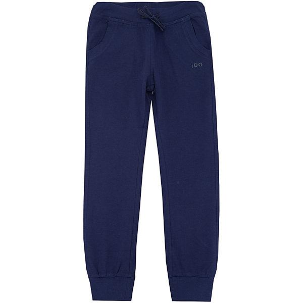 Брюки iDO для мальчикаБрюки<br>Характеристики товара:<br><br>• цвет: синий<br>• состав ткани: 100% хлопок<br>• сезон: круглый год<br>• особенности модели: спортивный стиль<br>• пояс: резинка<br>• страна бренда: Италия<br><br>Такие серые спортивные детские брюки выполнены в практичной расцветке. Эти брюки для ребенка разработаны итальянскими дизайнерами популярного бренда iDO, который выпускает модные и удобные вещи для детей. Брюки для мальчика выполнены из дышащего натурального хлопка.<br><br>Брюки iDO (АйДу) для мальчика можно купить в нашем интернет-магазине.<br>Ширина мм: 215; Глубина мм: 88; Высота мм: 191; Вес г: 336; Цвет: темно-синий; Возраст от месяцев: 108; Возраст до месяцев: 120; Пол: Мужской; Возраст: Детский; Размер: 140,122,164,170,152,128; SKU: 7587911;