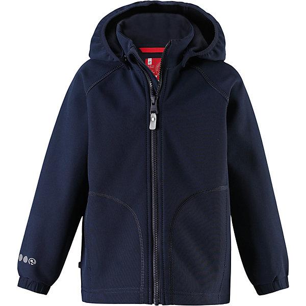 Куртка Vantti Reima для мальчикаОдежда<br>Характеристики товара:<br><br>• цвет: тёмно-синий;<br>• состав: 95% полиэстер, 5% эластан, полиуретановое покрытие;<br>• подкладка: 100% полиэстер, флис;<br>• без дополнительного утепления;<br>• сезон: демисезон;<br>• температурный режим: от +5° до +15°С;<br>• водонепроницаемость: 3000 мм;<br>• воздухопроницаемость: 3000 мм;<br>• застёжка: молния с защитой подбородка;<br>• куртка из материала softshell для детей;<br>• водонепроницаемый материал;<br>• из ветронепроницаемого материала, но изделие «дышит»;<br>• водо- и грязеотталкивающая пропитка без содержания фторуглеродов BIONIC-FINISH®ECO;<br>• безопасный съёмный капюшон;<br>• эластичная резинка на кромке капюшона;<br>• эластичные манжеты на рукавах;<br>• карман со специальными креплениями для сенсора ReimaGO® в моделях 104 размера и более<br>• карман на молнии;<br>• светоотражающие детали;<br>• страна бренда: Финляндия.<br><br>Детская классическая куртка изготовлена из водо- и ветронепроницаемого материала softshell с грязеотталкивающей поверхностью. Эта демисезонная куртка станет идеальным выбором для холодных весенних и осенних дней. Мягкий и эластичный материал softshell дарит ощущение комфорта. В двух карманах найдется место для всех мелочей. Благодаря эластичным сборкам на рукавах и подоле куртка отлично сидит.<br><br>Куртку Reima от финского бренда Reima (Рейма) можно купить в нашем интернет-магазине.<br>Ширина мм: 356; Глубина мм: 10; Высота мм: 245; Вес г: 519; Цвет: синий; Возраст от месяцев: 72; Возраст до месяцев: 84; Пол: Мужской; Возраст: Детский; Размер: 128,140,122,116,110,134,104,98; SKU: 7632709;