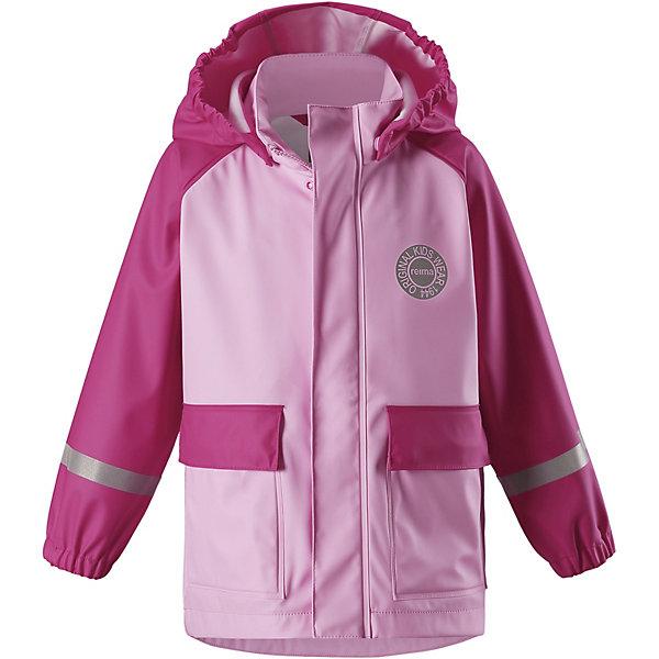 Куртка-дождевик Vihma ReimaОдежда<br>Характеристики товара:<br><br>• цвет: розовый;<br>• состав: 100% полиамид, полиуретановое покрытие;<br>• без подкладки;<br>• без дополнительного утепления;<br>• сезон: демисезон;<br>• температурный режим: от -10 до +15С;<br>• застёжка: молния с защитой подбородка;<br>• запаянные швы, не пропускающие влагу;<br>• эластичный материал;<br>• не содержит ПВХ;<br>• безопасный, съёмный капюшон;<br>• эластичные манжеты на рукавах;<br>• два кармана на кнопках;<br>• светоотражающие элементы;<br>• страна бренда: Финляндия.<br><br>Детская куртка-дождевик Vihma в стиле ретро гарантирует: спина и плечи останутся сухими. Эластичный материал не твердеет на морозе, поэтому этот дождевик можно носить круглый год – просто добавьте в холодную погоду теплый промежуточный слой. Съемный капюшон защитит даже от ливня, при этом он безопасен во время прогулок в дождливый день. Материал сертифицирован по стандарту Oeko-Tex и не содержит ПВХ.<br><br>Куртку Reima от финского бренда Reima (Рейма) можно купить в нашем интернет-магазине.