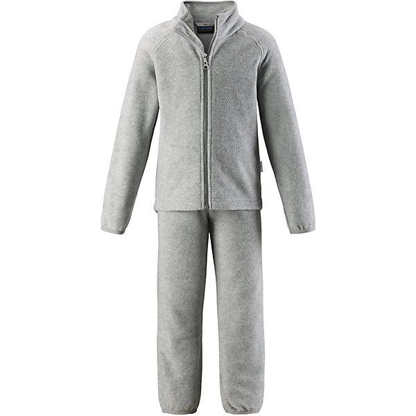 Флисовый комплект LassieФлис и термобелье<br>Характеристики товара:<br><br>• цвет: серый;<br>• состав: 100% полиэстер, флис 200 гр. м/2;<br>• сезон: демисезон;<br>• застёжка: молния с защитой подбородка;<br>• выводит влагу в верхние слои одежды;<br>• дышащий, тёплый и быстросохнущий флис;<br>• эластичный воротник, манжеты на рукавах и брючинах;<br>• эластичная талия;<br>• брюки на резинке;<br>• страна бренда: Финляндия.<br><br>Очень удобный, гладкий флисовый комплект на прохладный день. Можно использовать как верхнюю одежду в сухую погоду весной и осенью или поддевать в качестве промежуточного слоя в холода. Высококачественный полярный флис – это прочный, водоотталкивающий, ветронепроницаемый и дышащий материал. И, конечно же, теплый и легкий – идеальный вариант для активных прогулок. Комплект отлично сидит по фигуре благодаря эластичной регулируемой талии и регулируемым концам брючин в брюках и эластичному подолу и манжетам в куртке. Молния во всю длину и гладкая подкладка из полиэстера облегчают процесс одевания.<br><br>Комплект Lassie (Ласси) можно купить в нашем интернет-магазине.<br>Ширина мм: 219; Глубина мм: 11; Высота мм: 262; Вес г: 314; Цвет: серый; Возраст от месяцев: 18; Возраст до месяцев: 24; Пол: Унисекс; Возраст: Детский; Размер: 92,140,134,128,122,116,110,104,98; SKU: 7635927;