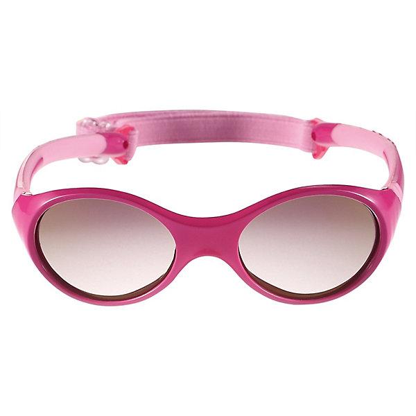 Солнцезащитные очки Maininki ReimaАксессуары<br>Характеристики товара:<br><br>• цвет: розовый;<br>• оправа: TPEE/TPR/TR90/Резина;<br>• линзы: PC;<br>• сезон: лето;<br>• солнцезащитные очки для малышей;<br>• рекомендуется для детей возраста 2+;<br>• защита от ультрафиолетовых лучей спектра A и спектра B класса 5;<br>• зеркальные линзы, обработанные противотуманным покрытием;<br>• мягкая и эластичная оправа из TPEE и резины;<br>• имеется защитный чехол;<br>• съёмный ластичный кант;<br>• европейский сертификат соответсвия;<br>• страна бренда: Финляндия.<br><br>Солнцезащитные очки для малышей и детей постарше самый важный аксессуар летнего сезона! Нужно обязательно защищать маленькие глазки от вредного ультрафиолета. Линзы в этих очках обеспечивают комплексную защиту от УФА и УФВ лучей. <br><br>Очки сертифицированы по стандартам ЕС. Поставляются в комплекте с удобным чехлом. Рекомендованы для детей от 2 лет. Симпатичные очки ярких расцветок очень удобны в использовании благодаря съемной эластичной резинке.<br><br>Солнцезащитные очки Reima от финского бренда Reima (Рейма) можно купить в нашем интернет-магазине.<br>Ширина мм: 170; Глубина мм: 157; Высота мм: 67; Вес г: 117; Цвет: фуксия; Возраст от месяцев: 48; Возраст до месяцев: 168; Пол: Мужской; Возраст: Детский; Размер: one size; SKU: 7636900;