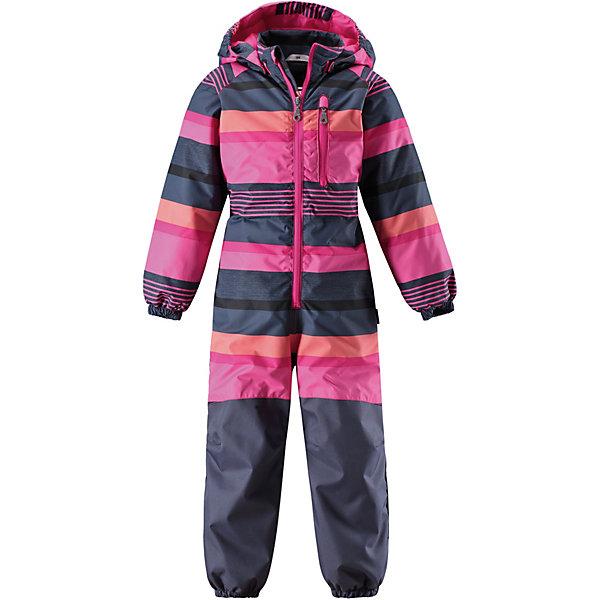 Комбинезон LassieОдежда<br>Характеристики товара:<br><br>• цвет: розовый в полоску;<br>• состав: 100% полиэстер, полиуретановое покрытие;<br>• подкладка: 100% полиэстер;<br>• утеплитель 80 гр;<br>• сезон: демисезон;<br>• температурный режим: от -10° до +5°С;<br>• водонепроницаемость: 1000 мм;<br>• воздухопроницаемость: 2000/1000 мм;<br>• износостойкость: 20000/50000 циклов (тест Мартиндейла);<br>• застёжка: молния с защитой подбородка;<br>• прочные усиленные вставки;<br>• водоотталкивающий, ветронепроницаемый и дышащий материал;<br>• задний серединный шов проклеен;<br>• подкладка из mesh-сетки;<br>• безопасный съёмный капюшон;<br>• эластичные манжеты на рукавах и брючинах;<br>• эластичная талия;<br>• съёмные штрипки;<br>• нагрудный карман на молнии;<br>• светоотражающие детали;<br>• страна бренда: Финляндия.<br><br>Этот симпатичный и удобный комбинезон для малышей изготовлен из водоотталкивающего, ветронепроницаемого и дышащего материала. Подбит гладкой подкладкой из полиэстера с утеплителем на легком ватине. Длинная молния облегчает процесс надевания и смены подгузника, а капюшон защитит от пронизывающего ветра, при желании его можно отстегнуть. Практичные детали просто незаменимы: эластичная талия, манжеты на рукавах и брючинах, светоотражающие детали. Обеспечит максимальный комфорт вашей драгоценной крохе.   <br><br>Комбинезон Lassie (Ласси) можно купить в нашем интернет-магазине.<br>Ширина мм: 356; Глубина мм: 10; Высота мм: 245; Вес г: 519; Цвет: розовый; Возраст от месяцев: 18; Возраст до месяцев: 24; Пол: Унисекс; Возраст: Детский; Размер: 92,128,122,116,110,104,98; SKU: 7636988;
