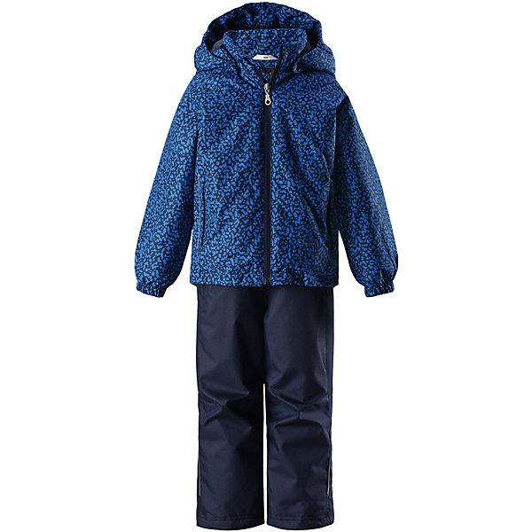 Комплект Lassie для мальчикаКомплекты<br>Характеристики товара:<br><br>• цвет: синий;<br>• состав: 100% полиамид, полиуретановое покрытие;<br>• подкладка; 100% полиэстер;<br>• утеплитель: 100% полиэстер, 80 гр. м/2;<br>• сезон: демисезон;<br>• температурный режим: от -10° до +5°С;<br>• водонепроницаемость: 1000 мм;<br>• воздухопроницаемость: 2000/1000 мм;<br>• износостойкость: 20000/50000 циклов (тест Мартиндейла);<br>• застёжка: молния с защитой подбородка;<br>• водоотталкивающий, ветронепроницаемый и дышащий материал;<br>• задний серединный шов проклеен;<br>• сверхпрочный материал;<br>• подкладка из mesh-сетки;<br>• безопасный, съёмный капюшон;<br>• эластичные манжеты на рукавах и брючинах;<br>• эластичный регулируемый обхват талии;<br>• регулируемый подол;<br>• два прорезных кармана;<br>• светоотражающие детали;<br>• страна бренда: Финляндия.<br><br>Этот прочный детский демисезонный комплект на легком утеплителе станет идеальным выбором для игр на свежем воздухе. Водоотталкивающий и ветронепроницаемый материал хорошо пропускает воздух, так что в этой куртке не вспотеешь. Куртка снабжена безопасным съемным капюшоном и прочными усилениями на спинке. <br><br>Эластичный регулируемый подол позволяет подогнать куртку идеально по фигуре. Красивая и гладкая подкладка из полиэстера хорошо пропускает воздух и облегчает одевание. В куртке предусмотрены прорезные карманы, а в брюках — один карман. Брюки снабжены регулируемыми манжетами и съемными эластичными подтяжками, поэтому отлично сидят.<br><br>Комплект Lassie (Ласси) можно купить в нашем интернет-магазине.<br>Ширина мм: 356; Глубина мм: 10; Высота мм: 245; Вес г: 519; Цвет: синий; Возраст от месяцев: 18; Возраст до месяцев: 24; Пол: Унисекс; Возраст: Детский; Размер: 92,140,134,128,122,116,110,104,98; SKU: 7637176;