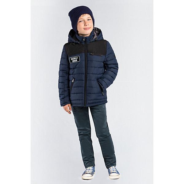 Демисезонная куртка BOOM by OrbyВерхняя одежда<br>Характеристики товара:<br><br>• ткань верха: таффета матовая и стеганая (100% ПЭ);<br>• отделка: таслан pu milky (100% ПЭ);<br>• подкладка: Поликоттон; ПЭ пуходержащий (90% хлопок, 10% ПЭ);<br>• утеплитель: Flexy Fiber 100 г/м2;<br>• сезон: демисезон;<br>• температурный режим: от -5 до +10°С;<br>• эластичные манжеты;<br>• два кармана;<br>• особенности: на молнии, принт, вставки на плечах и локтях;<br>• тип куртки: стеганая;<br>• капюшон: несъемный;<br>• страна бренда: Россия.<br><br>Классическая стеганная куртка BOOM by Orby для мальчика выполнена из практичной и износостойкой ткани с оригинальными дизайнерскими элементами, в актуалных цветах сезона. Гипоаллергенный утеплитель защитит в прохладную погоду. Модель обязательно станет любимицей детей и родителей, ведь в неё сочетаются стиль, доступность и практичность. Идеальный вариант для школы, сочетаеммый с большим количеством одежды и стилей.