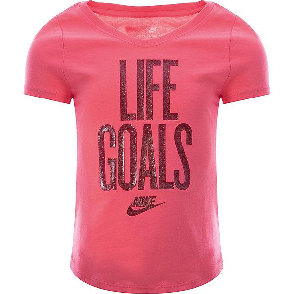 Футболка NIKEСпортивная одежда<br>Характеристики товара:<br><br>• цвет: розовый;<br>• материал: хлопок 100%;<br>• стиль: спортивный;<br>• вырез горловины: округлый;<br>• покрой: приталенный;<br>• рисунок: печатный принт;<br>• уход за вещами: бережная стирка при 30 градусах;<br>• сезон: лето;<br>• страна бренда: США.<br><br>Футболка для девочки Nike из прочного 100% хлопка обеспечивает комфорт на каждый день. Выполнена в ярком розовом цвете с принтом на груди, идеально подходит для игры на площадке, для различных видов тренировок или для повседневной носки. Мягкий хлопковый материал не вызывает раздражения, а приталенный силуэт и округлый вырез не ограничивают движение во время активности. Кант у затылка снижает натирание.<br><br>Черная футболка Nike отличается стильным и продуманным дизайном и придется по душе поклонникам спортивного стиля. Продукция бренда NIKE известна высоким качеством и уникальным узнаваемым дизайном. <br><br>Футболка для девочки Nike можно купить в нашем интернет-магазине.<br>Ширина мм: 199; Глубина мм: 10; Высота мм: 161; Вес г: 151; Цвет: разноцветный; Возраст от месяцев: 84; Возраст до месяцев: 96; Пол: Унисекс; Возраст: Детский; Размер: 122/128,158/170,147/158,134/146,128/134; SKU: 7741994;