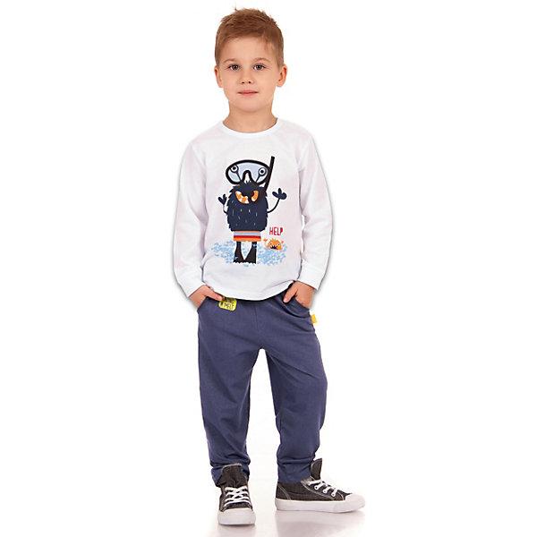 Брюки АпрельСпортивная одежда<br>Характеристики товара:<br><br>• цвет: синий<br>• состав ткани: 75% хлопок, 20% полиэстер, 5% лайкра<br>• сезон: демисезон<br>• особенности модели: спортивный стиль<br>• на резинке<br>• страна бренда: Россия<br><br>Синие брюки для ребенка от бренда Апрель - универсальная вещь для детского гардероба. Свободные детские брюки хорошо сочетаются с другой одеждой в молодежном стиле. Эта модель брюк для ребенка сделана из дышащей хлопковой ткани.<br><br>Брюки Апрель можно купить в нашем интернет-магазине.
