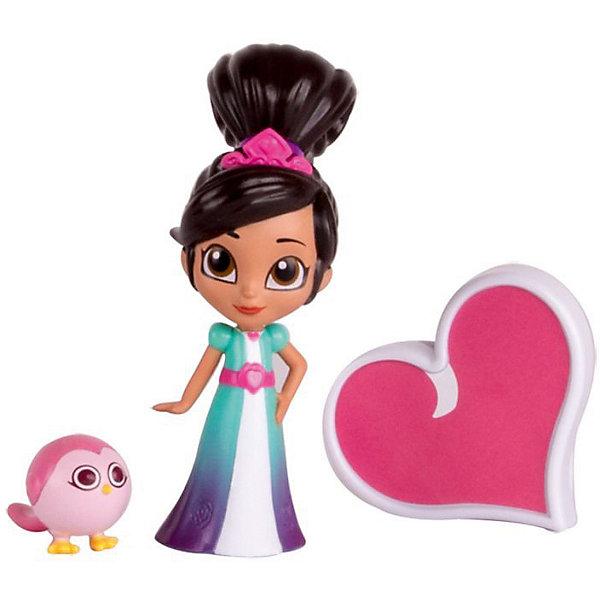 Игровой набор Gulliver Нелла - отважная принцесса Коллекция приключений, Принцесса Нелла с аксессуарамиФигурки из мультфильмов<br>Характеристики товара:<br><br>• возраст: от 5 лет;<br>• комплект: кукла, кулон-подвеска, игрушка;<br>• высота куклы: 10 см.;<br>• материал: пластик;<br>• упаковка: блистер на картоне;<br>• размер упаковки: 18 x 14,5 x 5,5 см..;<br>• вес: 125 гр.;<br>• наименование бренда: Gulliver (Гуливер);<br><br>Игровой набор из серии Коллекция приключений с главной героиней мультфильма «Нелла – отважная принцесса» и дополнительными аксессуарами сразу же понравится девочке и разнообразит сюжетные игры.<br><br>Набор включает в себя полную копию подвески Неллы большого размера. Девочка может надеть ее себе на шею и представлять себя героиней мультфильма в процессе игры или носить постоянно. Небольших размеров фигурка персонажа в образе принцессы хорошо детализирована. Неллу легко узнать по красивой и элегантной прическе, небольшой тиаре и голубому платью с розовым поясом.В комплекте есть маленькая милая птичка бело-розового цвета. <br><br>Использованные материалы высокого качества, не деформируются и не портятся. Цвета игрушки не теряют яркость с течением времени<br><br>Игровой набор «Принцесса Нелла с аксессуарами», 10 см., Gulliver (Гуливер) можно купить в нашем интернет-магазине.<br>Ширина мм: 500; Глубина мм: 30; Высота мм: 90; Вес г: 125; Возраст от месяцев: 36; Возраст до месяцев: 60; Пол: Женский; Возраст: Детский; SKU: 7923204;