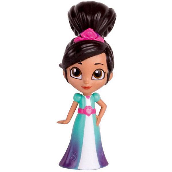 Фигурка Gulliver Нелла - отважная принцесса Нелла-принцессаФигурки из мультфильмов<br>Характеристики товара:<br><br>• возраст: от 5 лет;<br>• комплект: фигурка, аксессуары;<br>• высота фигурки: 9 см.;<br>• материал: пластик;<br>• упаковка: блистер на картоне;<br>• размер упаковки: 5 x 9 x 3 см..;<br>• вес: 63 гр.;<br>• наименование бренда: Gulliver (Гуливер);<br><br>Фигурка «Принцесса Нелла» по мотивам одноименного мультфильма придется по вкусу всем его юным поклонницам. Внимание к деталям и качественное исполнение – главные характерные особенности серии.<br><br>Главная героиня в образе принцессы легко узнаваема благодаря четко прорисованным деталям внешности: высокой пышной прическе, розовой небольшой тиаре, красивому голубому платью с розовым поясом и кулону в виде сердечка на шее. <br><br>Компактная мини-фигурка не занимает много места при хранении и подходит для поездок и путешествий. Крепкий пластик устойчив к случайным ударам, не деформируется. Ярко окрашенные детали внешности не теряют насыщенности и не истираются со временем. Краска не токсична. Материалы не вызывают аллергии. <br><br>Фигурку «Принцесса Нелла», 9 см., Gulliver (Гуливер) можно купить в нашем интернет-магазине.<br>Ширина мм: 500; Глубина мм: 30; Высота мм: 90; Вес г: 63; Возраст от месяцев: 36; Возраст до месяцев: 60; Пол: Женский; Возраст: Детский; SKU: 7923226;