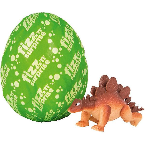 Шипучее сердечко Moose Fizz N Surprise ДинозаврыИгровые наборы с фигурками<br>Характеристики:<br><br>• возраст: от 4 лет;<br>• материал: пластик;<br>• в наборе: шипучее яйцо, детали одной фигурки;<br>• вес упаковки: 110 гр.;<br>• размер упаковки: 18,6х5,1х15,2 см;<br>• страна бренда: Австралия;<br>• упаковка: блистер;<br>• товар в ассортименте.<br><br>Шипучее яйцо FIZZ N Surprise «Динозавры» от бренда Moose раскроется малышу, как только попадет в емкость с водой. Нужно поместить яйцо в воду, оно начнет шипеть и растворяться, а внутри ребенок найдет детали фигурки динозавра.<br><br>Всего в коллекции 28 фигурок. Детали комбинируются между собой – можно создать собственного динозавра. Какая именно попадется в наборе узнать заранее невозможно. Игрушка поставляется в яркой упаковке с окошком. Выполнено из качественных безопасных материалов.<br><br>Шипучее яйцо FIZZ N Surprise «Динозавры» можно купить в нашем интернет-магазине.<br>Ширина мм: 186; Глубина мм: 52; Высота мм: 152; Вес г: 110; Цвет: зеленый; Возраст от месяцев: 48; Возраст до месяцев: 2147483647; Пол: Женский; Возраст: Детский; SKU: 7979600;