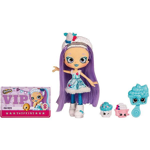 Мини-кукла Moose Shopkins Фея ФрияМини-куклы<br>Характеристики:<br><br>• возраст: от 5 лет;<br>• материал: пластик;<br>• в наборе: кукла, 2 фигурки Shopkins, расческа, VIP карточка, подставка для куклы;<br>• вес упаковки: 250 гр.;<br>• размер упаковки: 27х17,8х17 см;<br>• страна бренда: Австралия.<br><br>Куколка Shoppies от бренда Moose выполнена в красочном ярком дизайне с цветными волосами. Волосы можно мыть, расчесывать и собирать в прически. У куклы есть друзья – две забавные фигурки в виде еды. Специальная карточка открывает доступ к игровым мобильным приложениям.<br><br>Для устойчивого положения игрушки предусмотрена подставка. Набор выполнен из качественных безопасных материалов.<br><br>Куклу Shoppies «Фея Фрия» можно купить в нашем интернет-магазине.<br>Ширина мм: 270; Глубина мм: 178; Высота мм: 170; Вес г: 250; Цвет: фиолетовый; Возраст от месяцев: 60; Возраст до месяцев: 2147483647; Пол: Женский; Возраст: Детский; SKU: 7979624;