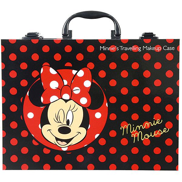 Детская декоративная косметика Markwins Minnie, в кейсеМинни Маус<br>Характеристики:<br><br>• возраст: 6+;<br>• пол: для девочек;<br>• цвет: розовый, красный, фиолетовый;<br>• габариты упаковки: 28х10х24 см;<br>• вес: 918 г.<br><br>Большой набор детской косметики – лучший подарок для маленьких модниц. Каждая малышка с удовольствием будет учиться краситься и делать прически. <br><br>Набор детской косметики выполнен в ярких цветах и украшен изображениями мышки Минни. В комплекте есть все для создания полноценного образа. Для хранения косметики и аксессуаров предназначен большой удобный кейс.<br><br>Косметика отвечает всем европейским стандартам качества: не содержит парабенов, метилизотиазолинона и пальмового масла, не вредит коже и не тестируется на животных.<br><br>В набор входят: <br><br>• кейс - 1 шт.;<br>• лаки для ногтей на водной основе - 2 шт.;<br>• блёстки в баночке - 1 шт.;<br>• блески для губ в футляре - 2 шт.;<br>• губная помада в футляре - 2 шт.;<br>• палитра блесков для губ из 6 оттенков;<br>• переводные рисунки для тела - 1 лист;<br>• разделитель для пальцев - 1 шт.;<br>• аппликатор - 1 шт.;<br>• кисть - 1 шт.;<br>• колечки - 2 шт.<br><br>Детскую декоративную косметику «Minnie» (в кейсе), Markwins можно приобрести в нашем интернет-магазине.<br>Ширина мм: 280; Глубина мм: 100; Высота мм: 240; Вес г: 918; Возраст от месяцев: 72; Возраст до месяцев: 2147483647; Пол: Женский; Возраст: Детский; SKU: 7992890;