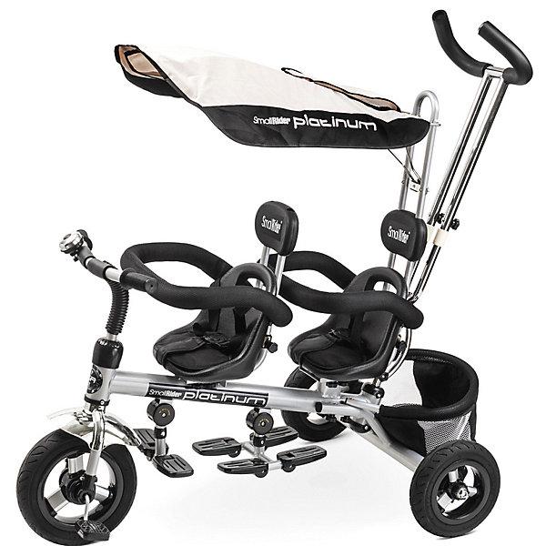 Трехколесный велосипед для двойни Small Rider «Platinum ALT», платинаВелосипеды и аксессуары<br>Характеристики:<br><br>• возраст: от 1 года;<br>• тип: трехколесный велосипед для двойни;<br>• цвет: платина;<br>• максимальная нагрузка: 35 кг;<br>• родительская ручка: телескопическая;<br>• сиденье: два сиденья, переставляемых в положения «паровозиком» или «лицом друг к другу»;<br>• ремни безопасности;<br>• козырек (капор);<br>• покрышки колес: резиновые, бескамерные, непрокалываемые;<br>• подножка;<br>• корзина для вещей<br>• аксессуары: звонок;<br>• размер упаковки: 76х45х33 см;<br>• вес упаковки: 16 кг;<br>• страна бренда: Российская Федерация.<br><br>Трехколесный велосипед для двойни Small Rider «Platinum ALT» (Смолл Райдэр Платинум Альт) предназначенный для двоих малышей. У велосипеда переднее сиденье можно разворачивать на 180 градусов, лицом ко второму ребенку. Два кресла обладают удобными подголовниками, мягкой подложкой.<br><br>В комплекте с велосипедом присутствует большой солнцезащитный козырек, закрывающий полноценно две детские головы. Трехточечные ремни безопасности и съемный бампер надежно удерживают малыша, а телескопическая родительская ручка в виде штурвала, которая регулируется по высоте, позволяет комфортно везти велосипед с малышами.<br><br>Колеса являются непрокалываемыми и бескамерными, выполненными из прочной резины. В комплект поставки входит звонок, сетчатый контейнер для игрушек.<br><br>Трехколесный велосипед для двойни Small Rider «Platinum ALT» (Смолл Райдэр Платинум Альт), платина можно купить в нашем интернет-магазине.<br>Ширина мм: 760; Глубина мм: 450; Высота мм: 330; Вес г: 16000; Цвет: разноцветный; Возраст от месяцев: 12; Возраст до месяцев: 36; Пол: Унисекс; Возраст: Детский; SKU: 8302647;