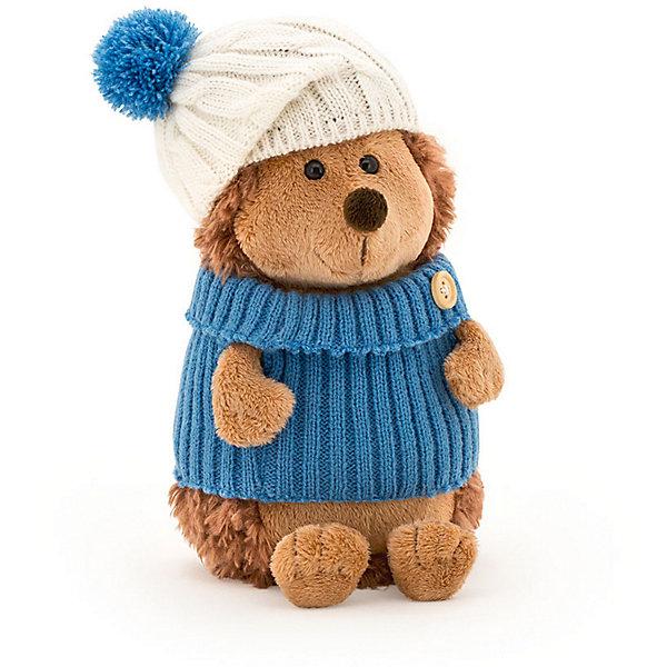Мягкая игрушка Orange Life Ёжик Колюнчик в шапке с голубым помпоном, 26 смМягкие игрушки животные<br>Характеристики:<br><br>• возраст: от 3 лет;<br>• материал:  плюш, наполнитель, текстиль, пластик;<br>• цвет: коричневый;<br>• высота игрушки: 25 см;<br>• размер: 30х16х15,5 см;<br>• вес: 500 гр;<br>• страна бренда: Россия;<br>• бренд: Orange Toys.<br> <br>Игрушка Ёжик Колюнчик в шапке с голубым помпоном приведет в восторг детей от 3 лет. Колюнчик большой любитель всего неизведанного. Этот мир настолько увлекателен и разнообразен, что, даже прочитав много книг, Колюнчику не терпится побывать в новом месте и узнать что-нибудь интересное. Преграды и осенняя погода не страшат его. Если нужно переплыть речку или даже озеро, Колюнчик оденет свой теплый морской синий свитер и мягкий белый берет с пушистым помпоном, сядет в лодочку своего друга Кота Обормота и вместе они поплывут на встречу к приключениям. А зимой можно и на коньках, но только там, где уже достаточно крепкий и толстый лед. В походах - безопасность прежде всего.<br><br>Игрушку  Ёжик Колюнчик в шапке с голубым помпоном можно купить в нашем интернет-магазине.<br>Ширина мм: 300; Глубина мм: 160; Высота мм: 155; Вес г: 500; Цвет: коричневый; Возраст от месяцев: 36; Возраст до месяцев: 168; Пол: Унисекс; Возраст: Детский; SKU: 8316925;