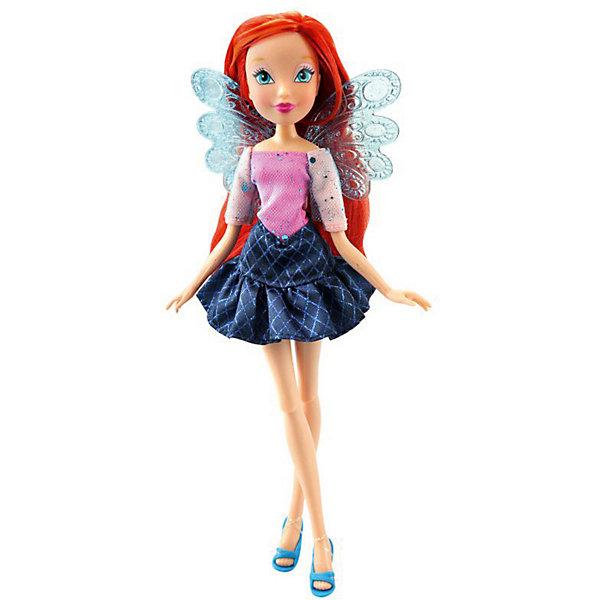 Кукла Winx Club Два наряда Блум, 28 смПопулярные игрушки<br>Характеристики товара:<br><br>• возраст: от 5 лет;<br>• комплект: кукла в одежде и обуви, дополнительный комплект одежды для сна, пластиковые крылышки;<br>• высота куклы: 29 см.;<br>• материал: пластик;<br>• упаковка: блистер на картоне;<br>• размер упаковки: 34 x 13 x 6 см..;<br>• вес: 220 гр.;<br>• наименование бренда: Winx Club;<br><br>Очаровательная шарнирная кукла Winx Club «Два наряда - Блум»  станет приятным сюрпризом для всех юных поклонниц знаменитого мультфильма Winx Club. Куколка одета в гламурный топ с отрезным воротником и юбку в ромбик. особенностью этой коллекции является  дополнительный комплект одежды для сна. А съемные пластиковые крылышки напоминают о том, что Винкс – в первую очередь волшебницы, умеющие летать. <br><br>Игрушка разнообразит игры по мотивам мультсериала, стимулирует фантазию и удерживает внимание длительное время. Кукла является одной из самых развивающих игрушек. Игра с куклой способствует развитию эмоциональной сферы ребенка. <br><br>Куклы Винкс проходят строгий контроль качества на фабриках производителя. В производстве используются экологически безопасные материалы. Весь товар сертифицирован и не представляет абсолютно никакой опасности как для детей, так и для взрослых.<br><br>Куклу «Два наряда - Блум», 29 см., Winx Club можно купить в нашем интернет-магазине.<br>Ширина мм: 770; Глубина мм: 220; Высота мм: 380; Вес г: 2710; Возраст от месяцев: 36; Возраст до месяцев: 60; Пол: Женский; Возраст: Детский; SKU: 8334948;
