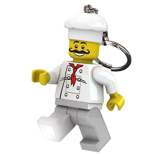 Брелок-фонарик для ключей LEGO Classic ChefАксессуары для ранцев и рюкзаков<br>Характеристики:<br><br>• возраст: от 5 лет;<br>• материал: пластик, металл;<br>• высота мини-фигурки: 8,1 см;<br>• тип батареек: 2хCR2025 3V;<br>• наличие батареек: в комплекте;<br>• вес упаковки: 64 гр.;<br>• размер упаковки: 9,7х4,1х15 см;<br>• страна бренда: Дания.<br><br>Брелок-фонарик Lego Classic Chef выполнен в виде шеф-повара. Элементы фигурки отлично проработаны, лицо и части одежды детально прорисованы.<br><br>У фигурки подвижные ножки, в которые встроены светодиодные лампочки. Фонарик загорается при нажатии на небольшую кнопку. Кроме того, у игрушки двигаются руки и голова. Брелок можно прикрепить на ключи или сумку за металлическое колечко. Сделано из прочных качественных материалов.<br><br>Брелок-фонарик для ключей LEGO Classic - Chef можно купить в нашем интернет-магазине.<br>Ширина мм: 97; Глубина мм: 41; Высота мм: 150; Вес г: 64; Возраст от месяцев: 72; Возраст до месяцев: 2147483647; Пол: Унисекс; Возраст: Детский; SKU: 8335810;