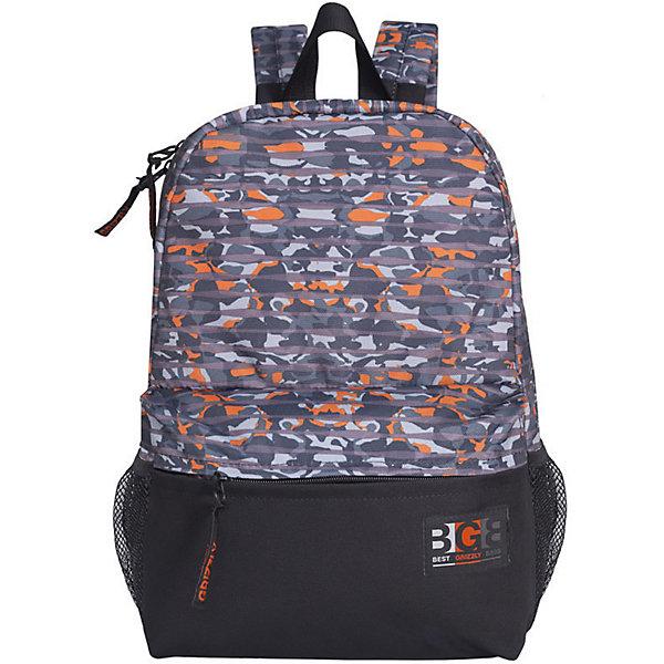 Рюкзак Grizzly, камуфляж полосаРюкзаки<br>Характеристики:<br><br>• возраст от: 10 лет;<br>• цвет: черный/принт;<br>• материал: таслан;<br>• размер рюкзака: 29х41х18 см.;<br>• объем рюкзака: маленький (до 20 л.);<br>• вес рюкзака: 500 гр.;<br>• тип рюкзака: повседневный, городской;<br>• спинка: укрепленная;<br>• тип застёжки: молния;<br>• количество отделений: 1 отделение;<br>• количество карманов: 4 внешних/ 1 внутренний;<br>• дополнительная ручка-петля;<br>• износостойкая обивка;<br>• регулируемые укрепленные лямки;<br>• стильный дизайн;<br>• бренд, страна бренда: Grizzly, Россия.<br><br>Рюкзак Grizzly  выполнен из таслана. Изделие оформлено принтом камуфляж и фирменной нашивкой. Рюкзак оснащен двумя боковыми карманами для переноски бутылок с водой. На лицевой стороне расположен объемный накладной карман на молнии. На тыльной стороне находится вшитый карман на молнии. Рюкзак имеет петлю для подвешивания и две удобные лямки, длина которых регулируется с помощью пряжек. Изделие закрывается на застежку-молнию.<br><br>Функциональный и удобный, легкий и вместительный - рюкзак Grizzly легко чистится и быстро сохнет. Такой яркий рюкзак станет практичным аксессуаром для вашего ребенка.<br><br>Рюкзак Grizzly, черный/принт, можно купить в нашем интернет-магазине.<br>Ширина мм: 290; Глубина мм: 40; Высота мм: 410; Вес г: 494; Цвет: разноцветный; Возраст от месяцев: 120; Возраст до месяцев: 2147483647; Пол: Женский; Возраст: Детский; SKU: 8339186;