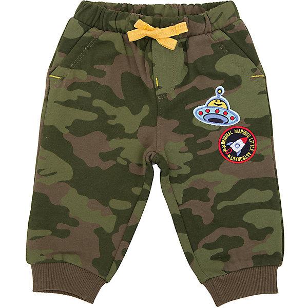 Брюки Original Marines для мальчикаБрюки<br>Характеристики товара:<br><br>• цвет: серый;<br>• состав ткани: 100% хлопок;<br>• сезон: демисезон;<br>• талия: резинка, шнурок;<br>• страна бренда: Италия.<br><br>Хлопковые брюки для ребенка сделаны из мягкого футера. Брюки для детей легко надеваются благодаря широкой резинке в талии, дополнительно фиксируются шнурком. Детские брюки комфортно сидят, так как снабжены эластичными манжетами на брючинах. Брюки для ребенка от Original Marines выполнены в модной и практичной расцветке милитари.<br><br>Брюки Original Marines (Ориджинал Маринс) для мальчика можно купить в нашем интернет-магазине.<br>Ширина мм: 215; Глубина мм: 88; Высота мм: 191; Вес г: 336; Цвет: серый; Возраст от месяцев: 0; Возраст до месяцев: 3; Пол: Мужской; Возраст: Детский; Размер: 56/62,86,80,68/74,62/68; SKU: 8381951;
