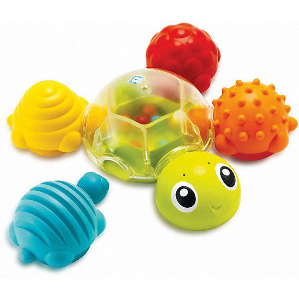 Игрушка для ванны Bkids ЧерепашкаИгрушки для ванной<br>Характеристики:<br><br>• возраст: от 6 месяцев;<br>• материал: пластик;<br>• вес упаковки: 438 гр.;<br>• размер упаковки: 23х9х23 см;<br>• страна бренда: США.<br><br>Игрушка для купания Bkids «Черепашка» состоит из пяти разных черепашек, которые соединяются в одну большую. Игрушка подходит для игр в ванной. Внутри главной прозрачной черепахи есть цветные шарики, которые перекатываются и издают потрескивающий звук. Кроме того, в нижней части игрушки есть отверстия для пролива воды.<br><br>Цветные маленькие черепашки выполнены с особым рельефом на спине – эти поверхности интересно изучать пальчиками. Игрушки крепятся к главной черепахе и вся конструкция остается на плаву. Набор сделан из качественных безопасных материалов.<br><br>Игрушку для купания «Черепашка» можно купить в нашем интернет-магазине.<br>Ширина мм: 23; Глубина мм: 9; Высота мм: 23; Вес г: 438; Цвет: голубой; Возраст от месяцев: 6; Возраст до месяцев: 2147483647; Пол: Унисекс; Возраст: Детский; SKU: 8420959;