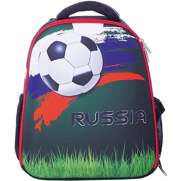 Рюкзак школьный Centrum «Футбол», черныйШкольные рюкзаки<br>Характеристики:<br><br>• материал: нейлон, полиэстер;<br>• размер рюкзака: 31.5х17х37 см;<br>• вес в упаковке: 900 гр;<br>• особенности: без наполнения, эргономичная жесткая спинка с возможностью регулировать лямки по высоте, лямка, позволяющая повесить рюкзак на крючок;<br>• тип застежки: молния;<br>• количество отделений: 2;<br>• количество карманов: 2;<br>• светоотражатели;<br>• страна бренда: Германия.<br><br>Рюкзак каркасный Centrum (Центрум) «Футбол», черный изготовлен из высокопрочных материалов. Рюкзак хорошо сохраняет форму и защищает содержимое от повреждений.<br><br>Рюкзак имеет  отделение на молнии. Большой карман на молнии и два боковых кармана, имеются светоотражатели. Формоустойчивое облегченное дно позволяет ставить рюкзак на твердую поверхность вертикально.<br><br>Анатомическая рельефная спинка создает максимальный комфорт при носке. Широкие лямки  с мягкими подушечками распределяют нагрузку между плечами и спиной, позволяют легко и быстро отрегулировать рюкзак в соответствии с ростом. Рюкзак оснащен удобной текстильной ручкой для переноски в руке.<br><br>Рюкзак каркасный Centrum (Центрум) «Футбол», черный можно купить в нашем интернет-магазине.<br>Ширина мм: 315; Глубина мм: 170; Высота мм: 370; Вес г: 900; Цвет: разноцветный; Возраст от месяцев: 60; Возраст до месяцев: 120; Пол: Мужской; Возраст: Детский; SKU: 8431020;