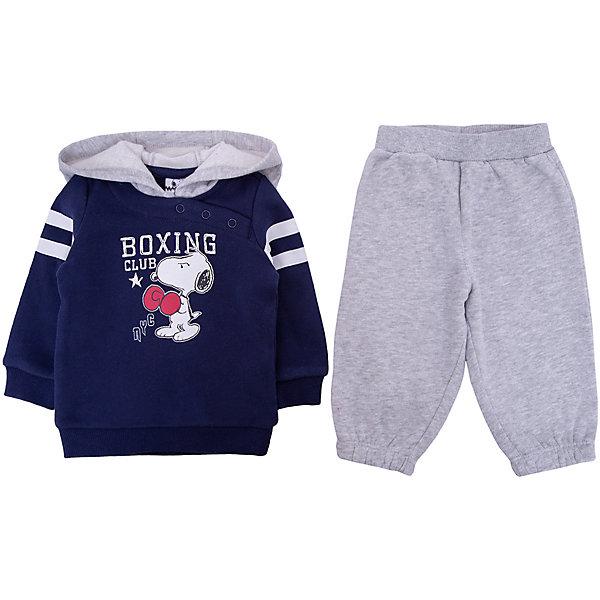 Спортивный костюм Original Marines для мальчикаКомплекты<br>Характеристики товара:<br><br>• цвет: синий/серый<br>• пол: мальчики<br>• комплектация: толстовка  и брюки<br>• состав ткани: 100% хлопок<br>• сезон: круглый год<br>• рукава и брюки с манжетами<br>• длинные рукава<br>• пояс: резинка<br>• яркий набивной принт<br>• особенности модели: спортивный стиль<br>• страна бренда: Италия<br><br>Удобный детский спортивный костюм от известного бренда  Original Marines (Ориджинал Маринс) выглядит аккуратно и стильно. Толстовка и брюки из этого комплекта выполнены из натурального хлопка.  Толстовка дополнена большим капюшоном и оригинальным принтом. Модный комплект - отличный вариант одежды для отдыха и занятий спортом.<br><br>Для производства детской одежды популярный бренд  Original Marines (Ориджинал Маринс) использует только качественную фурнитуру и материалы. Оригинальные и модные вещи от  Original Marines (Ориджинал Маринс) неизменно привлекают внимание и нравятся детям.<br><br>Спортивный костюм для мальчика  Original Marines (Ориджинал Маринс)  можно купить в нашем интернет-магазине.<br>Ширина мм: 247; Глубина мм: 16; Высота мм: 140; Вес г: 225; Цвет: синий; Возраст от месяцев: 3; Возраст до месяцев: 6; Пол: Мужской; Возраст: Детский; Размер: 56/62,80,68/74,86,62/68; SKU: 8492380;