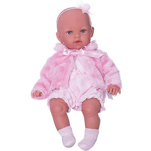 Кукла-пупс Vestida de Azul Марина-инфанта в зимнем наряде, 45 см (звук)Идеи подарков<br>Характеристики:<br><br>• возраст: от 3 лет;<br>• материал: винил, текстиль;<br>• высота куклы: 45 см;<br>• озвученная: да;<br>• вес упаковки: 1,35 кг.;<br>• размер упаковки: 50х24х15 см;<br>• страна бренда: Испания.<br><br>Куклу Марину от бренда Vestida de Azul легко перепутать с младенцем, ее личико и тело тщательно проработаны в соответствии со всеми особенностями настоящих малышей.<br><br>Кукла умеет плакать, звать маму и папу. У нее подвижные ручки, ножки и голова. Кукла одета в стильный костюмчик и шубку. Мягконабивное тело придает игрушке еще больше реалистичности. Кукла выполнена из качественного винила, не вызывающего аллергию. При необходимости ее можно легко помыть.