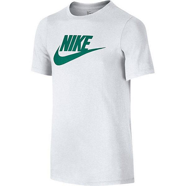 Футболка NIKEФутболки, поло и топы<br>Характеристики товара:<br><br>• цвет: белый;<br>• модель: Futura Icon; <br>• состав: 100% хлопок;<br>• футболка с коротким рукавом;<br>• эластичная горловина;<br>• страна бренда: США.<br><br>Тренировочная футболка Nike (Найк) Futura Icon свободной посадки обеспечивает комфорт и подходит для сочетания с другими элементами одежды. Приятная на ощупь и комфортная хлопковая ткань. Горловина с вырезом «лодочка» не ограничивает свободу движений.