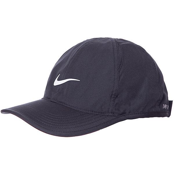 Кепка NIKEЛетние<br>Характеристики товара:<br><br>• цвет: чёрный;<br>• модель: Featherlight; <br>• состав: 100% полиэстер;<br>• регулируемый ремешок сзади;<br>• светоотражающие элементы;<br>• страна бренда: США.<br><br>Бейсболка Nike Featherlight из влагоотводящей ткани с перфорированными панелями обеспечивает вентиляцию и комфорт. Технология Dri-FIT позволяет отводить влагу с кожи на поверхность ткани, где она испаряется. Застёжка на липучку; перфорация; светоотражающие элементы.<br>Ширина мм: 89; Глубина мм: 117; Высота мм: 44; Вес г: 155; Цвет: черный; Возраст от месяцев: 120; Возраст до месяцев: 1188; Пол: Унисекс; Возраст: Детский; Размер: one size; SKU: 8648256;