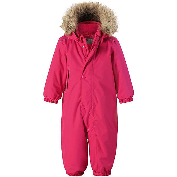 Комбинезон Gotland ReimaВерхняя одежда<br>Характеристики товара:<br><br>• состав: 100% полиамид, полиуретановое покрытие <br>• подкладка: 100% полиэстер <br>• утеплитель: Reima® Soft Loft 160 г/м2 <br>• сезон: зима <br>• температурный режим: от 0 до -20С <br>• водонепроницаемость: 15000 мм <br>• воздухопроницаемость: 7000 мм <br>• износостойкость: 40000 циклов (тест Мартиндейла) <br>• застёжка: молния с защитой подбородка <br>• основные швы проклеены и не пропускают влагу <br>• водо- и ветронепроницаемый, дышащий и грязеотталкивающий материал <br>• утепленная задняя часть изделия <br>• гладкая подкладка из полиэстера <br>• безопасный, съемный капюшон на кнопках <br>• съемный искусственный мех на капюшоне <br>• эластичные манжеты и штанины <br>• эластичная талия <br>• съемные эластичные штрипки <br>• длинная молния для легкого надевания <br>• дополнительная планка на кнопках <br>• карман на молнии <br>• светоотражающие детали <br>• система кнопок Play Layers® <br>• страна бренда: Финляндия<br><br>Классический зимний комбинезон на молнии для малышей очень прост в уходе и идеально подходит для всех зимних забав. Этот непромокаемый зимний комбинезон изготовлен из дышащего и ветронепроницаемого, а также водо и грязеотталкивающего материала.<br><br>Все швы проклеены, водонепроницаемы, а еще комбинезон снабжен утепленной вставкой на задней части, благодаря которой ребенку будет тепло и сухо во время зимних приключений. Благодаря гладкой подкладке из полиэстера, зимний комбинезон с капюшоном очень легко надевать и удобно носить с теплой одеждой промежуточного слоя.<br><br>Обратите внимание, что с помощью удобной системы кнопок Play Layers® к комбинезону можно присоединять разнообразную одежду промежуточного слоя Reima®. Съемный регулируемый капюшон обеспечивает дополнительную безопасность во время игр на свежем воздухе.<br><br>Кнопки легко отстегиваются, если капюшон случайно за что-нибудь зацепится. Прочные силиконовые штрипки не дают брючинам задираться и защищают ноги от